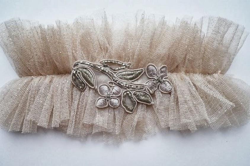 10 قطع سرية مثيرة تحت فستان الزفاف مجلة جمال حواء