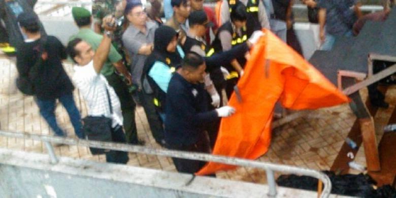 """Reaksi Ahmad Dhani Saat Insiden Orang Jatuh Tewas di Konser """"May Day"""" di GBK"""