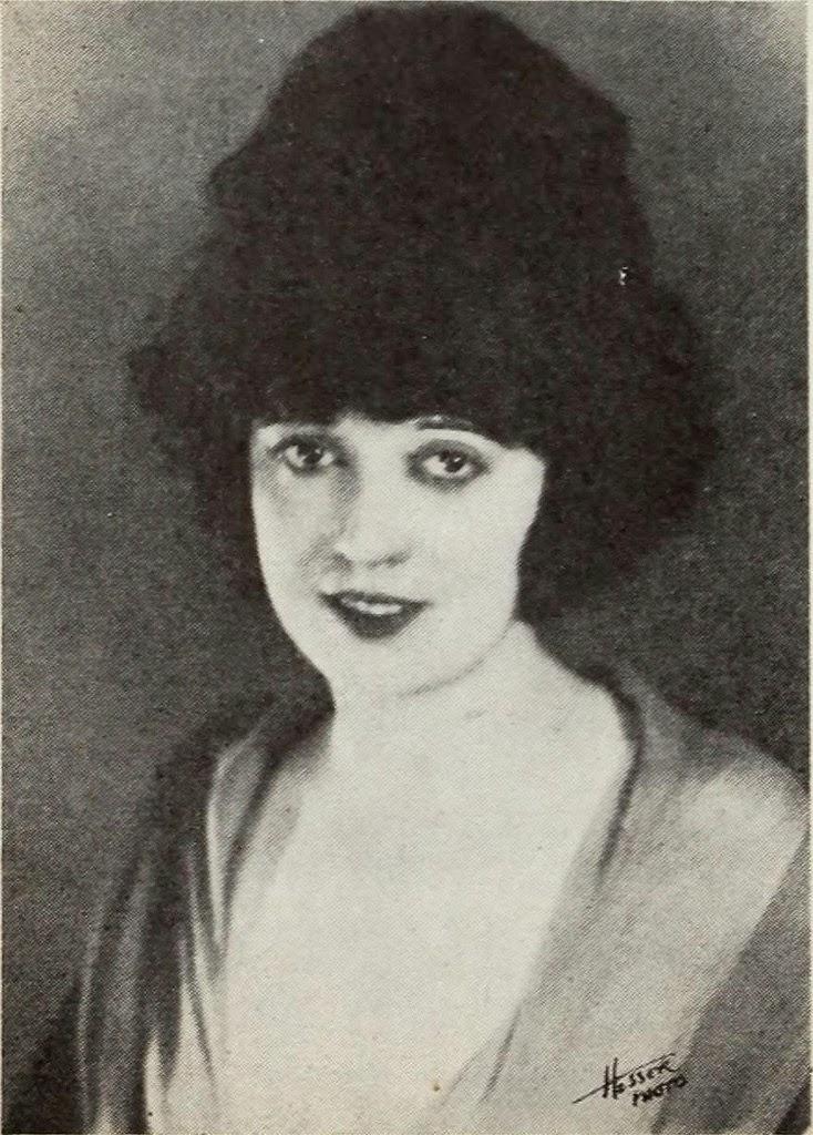 1920s Chick Makeup #LOTD 2