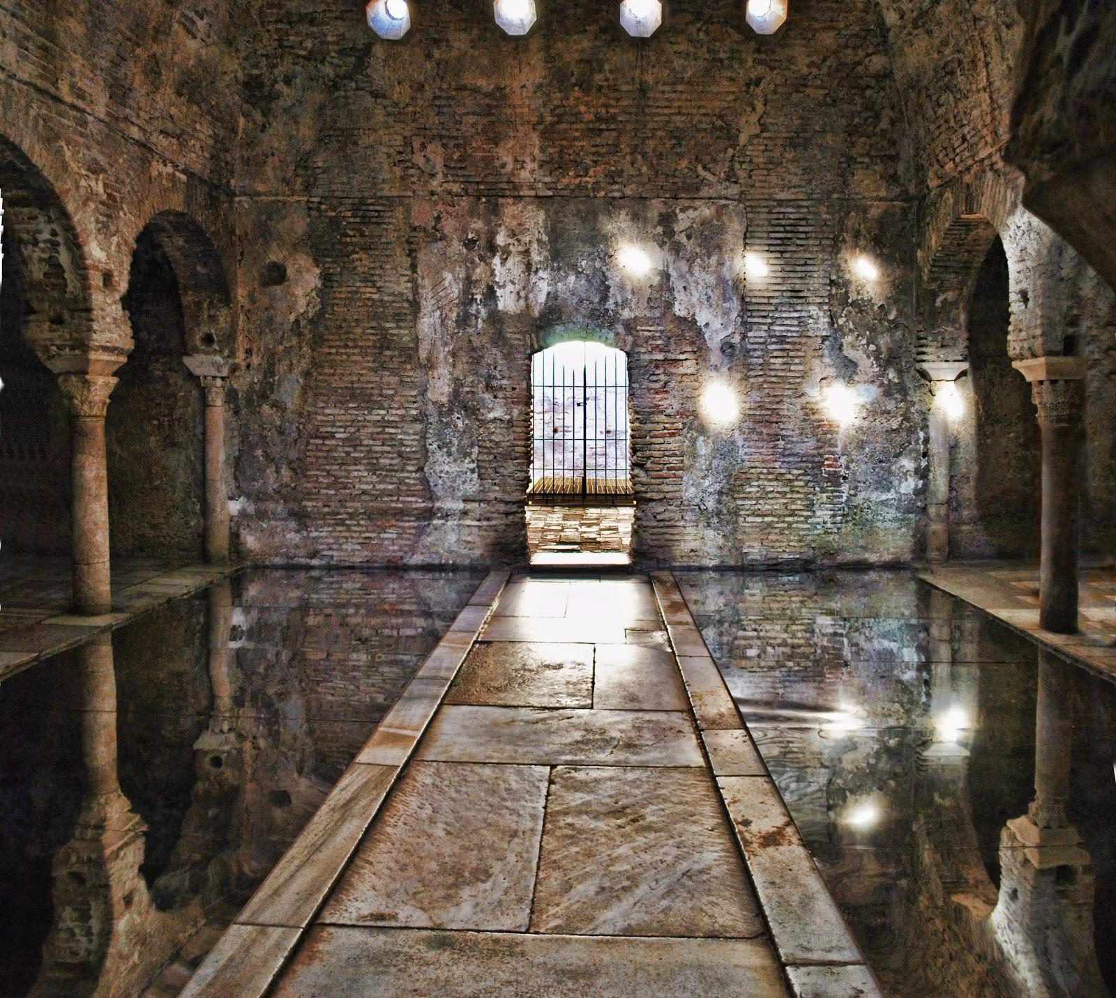 Baño Arabe Hammam Granada:GRANADA: HAMMAM EL BAÑUELO
