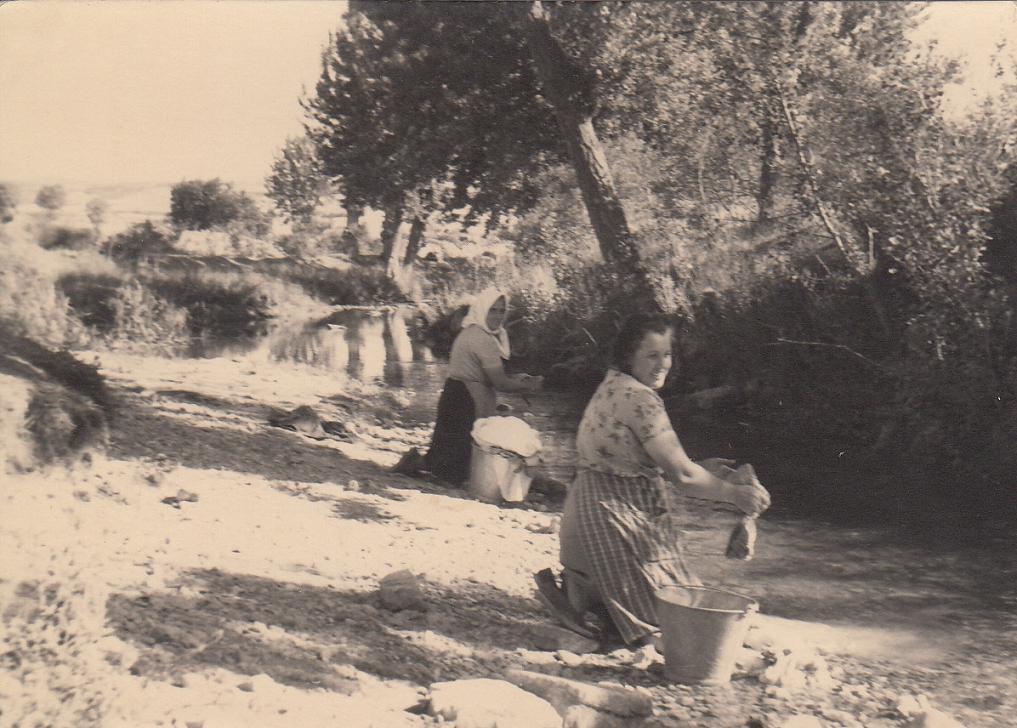 Huérmeces (Burgos)  Cuando la lavadora era el Urbel bbbb16911bd0