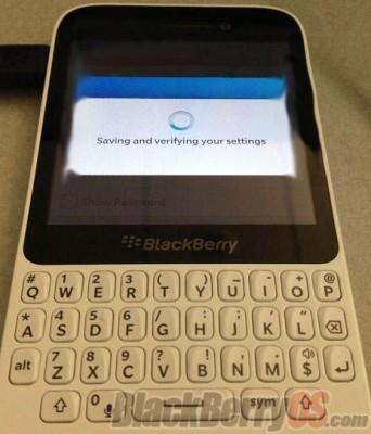 Inikah Sosok Blackberry 10 Murah ?