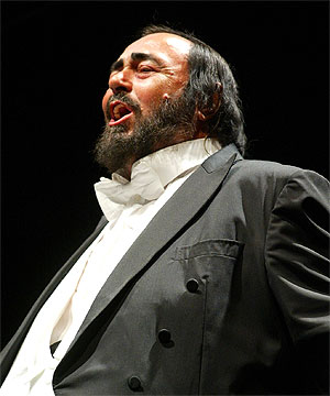 how to sing like pavarotti