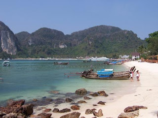 (Thailand) - Ton Sai Bay, Phi Phi islands