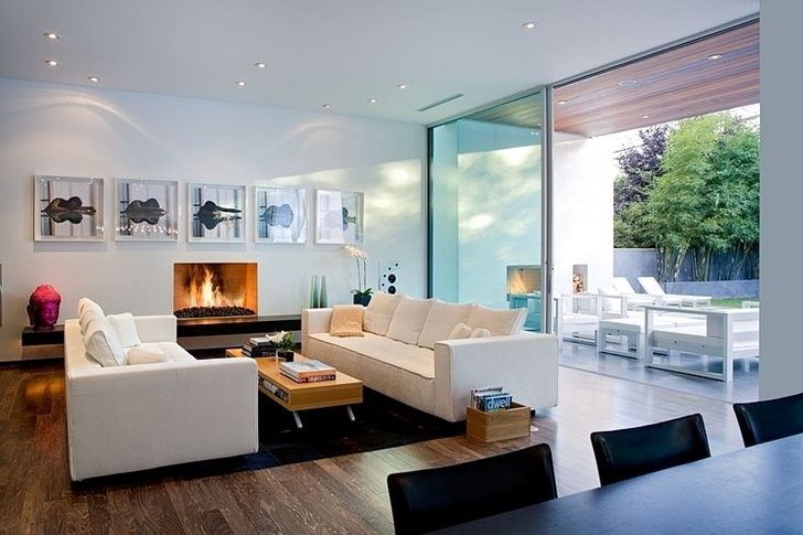 Living room in Small minimalist home by Steven Kent