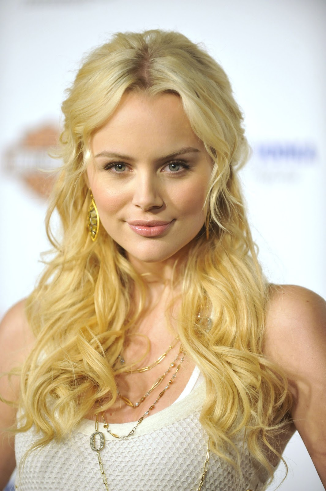 Helena mattsson in species the awakening 4 7