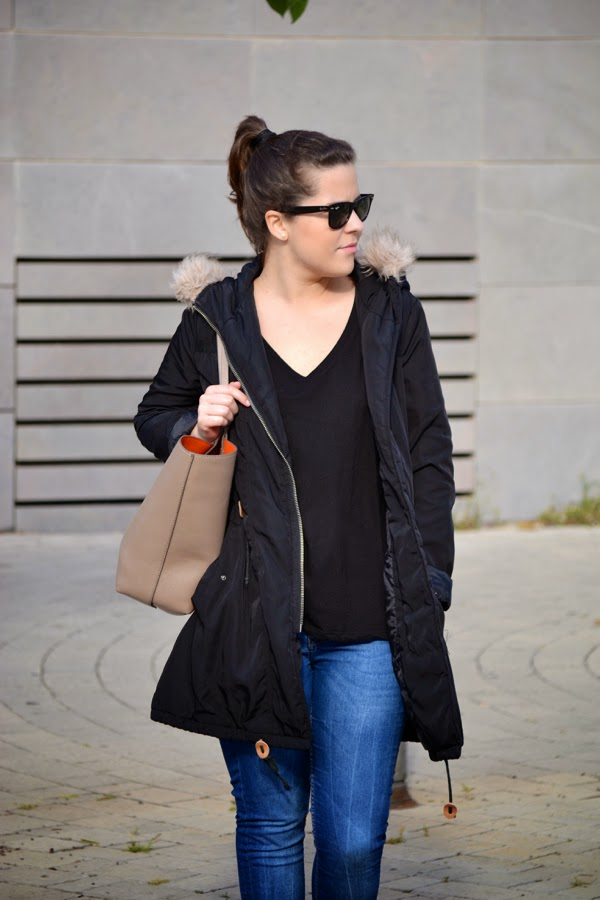 look_outfit_parka_botas_flecos_bolso_reversible_lolalolailo_06