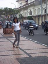 Profile Blogger - Laras Maudy Aglevia