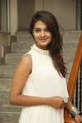Neha deshpande glamorous photos-thumbnail-14