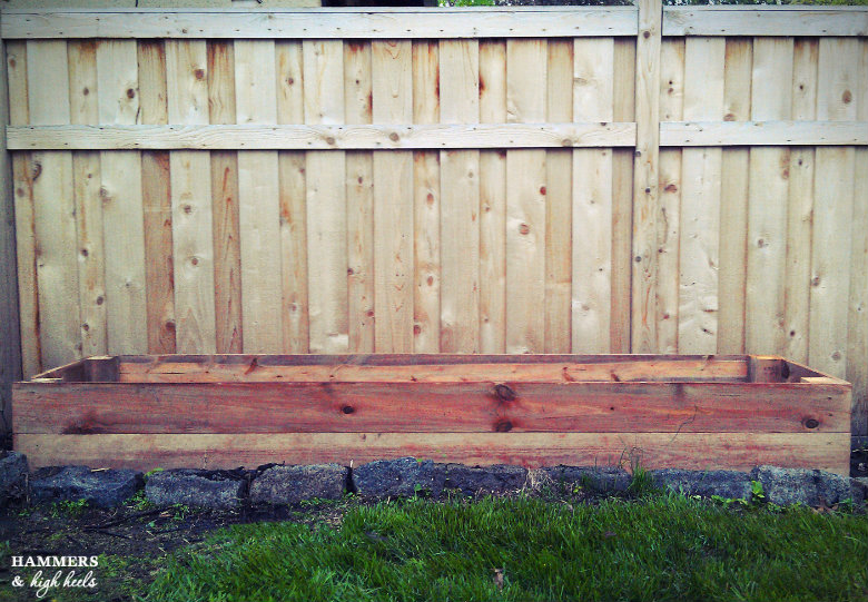 how to make a raised garden box with legs