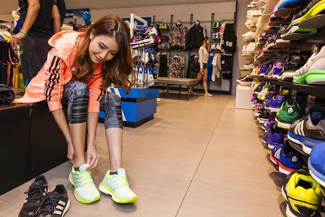 adidas branding collaboration with Standard Chartered KL Marathon 2015 (SCKLM 2015)