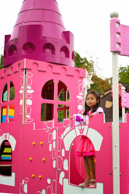 Castle at Duplo Valley at Legoland Windsor | Chichi Mary Kids Boutique