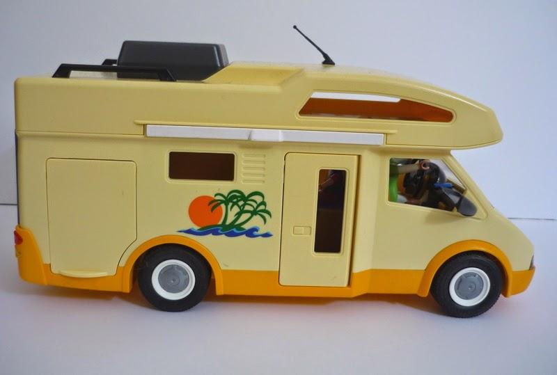 La bo te bazar camping car playmobil 3647 - Camping car playmobil pas cher ...