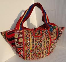 ce4d8df5606c Handmade handbags are the master piece of Pakistani culture and are source  of communication to the other areas around the world.