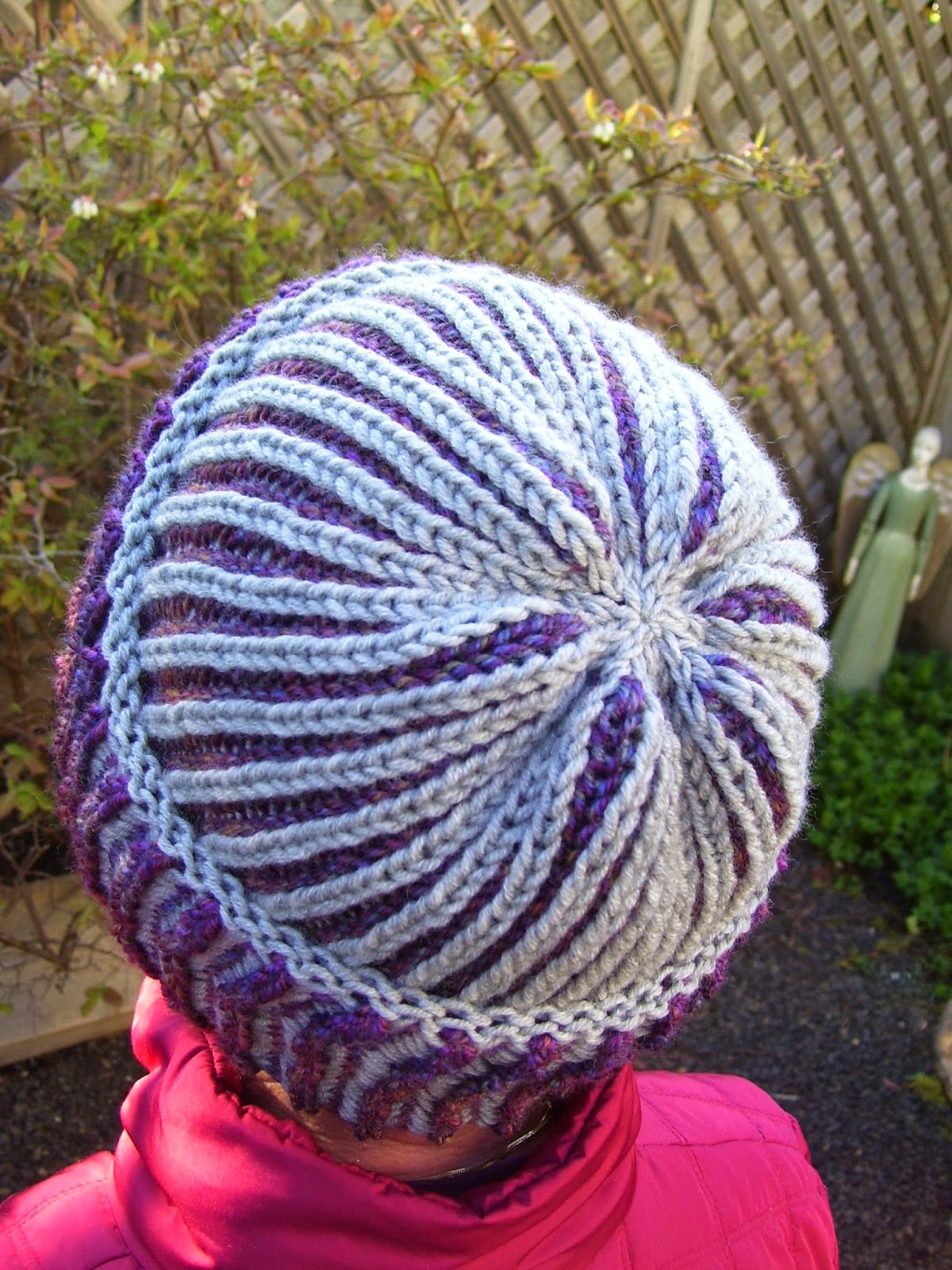 Knitting Brioche Stitch Hat : MarilynnsGardenKnitDesign: Brioche Basic Beanie Lets Bark & Burp!