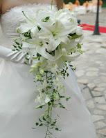 Hoa cưới kiểu thác đổ 4
