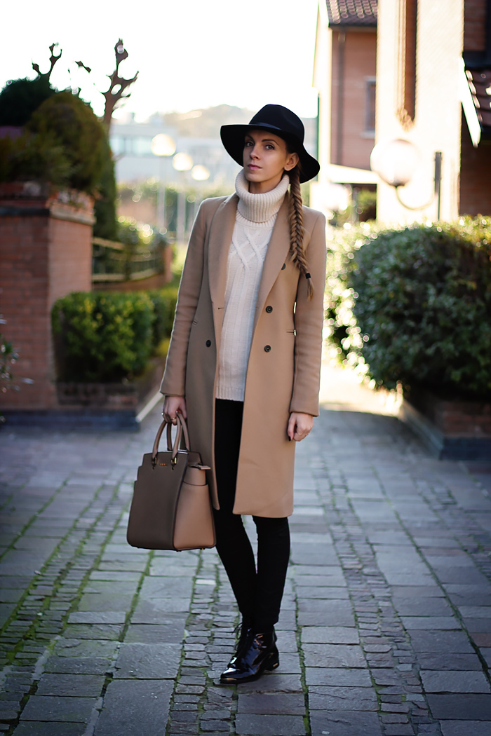 camel coat, fedora, Daniel Wellington watch, Michael Kors Selma bag, fall outfit