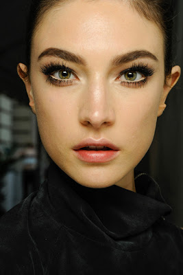 Atelier Versace Fall 2013 Makeup