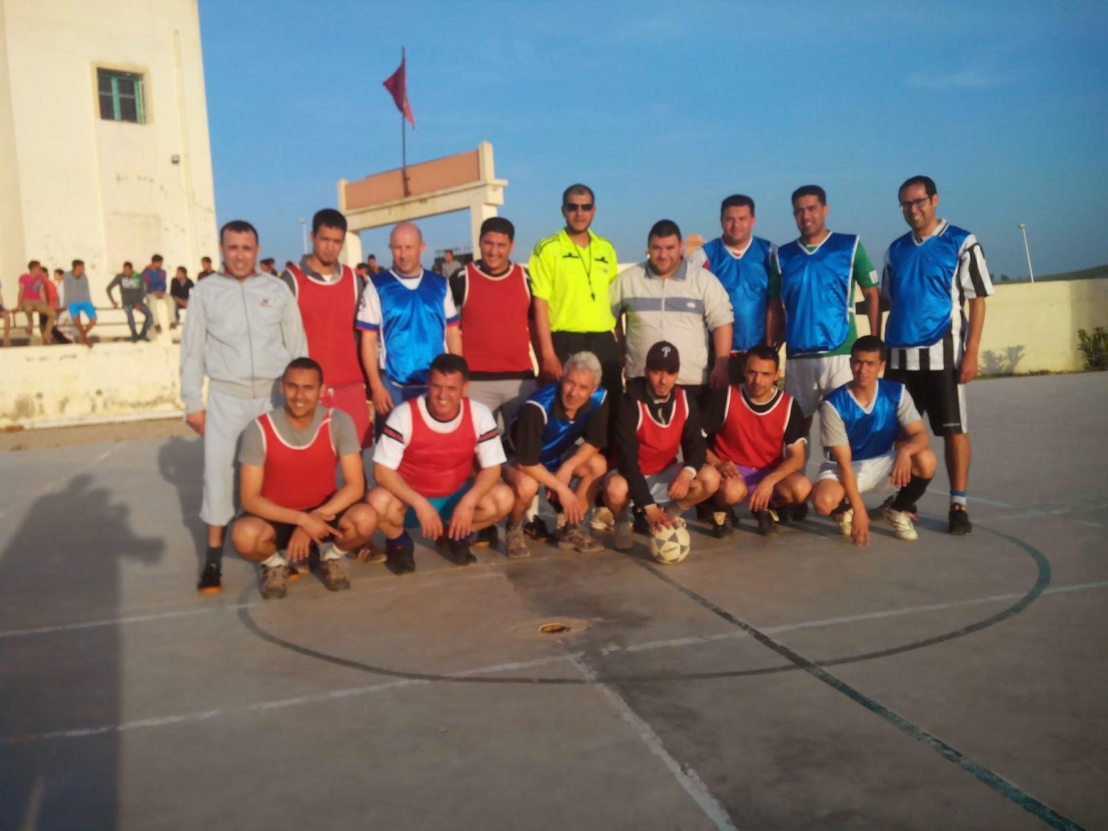 تاونات: ثانوية ابن سينا تنظم دوري لكرة القدم المصغرة لفائدة مستخدمي المصالح واساتذة بعض المؤسسات التعليمية بدائرة تاونات