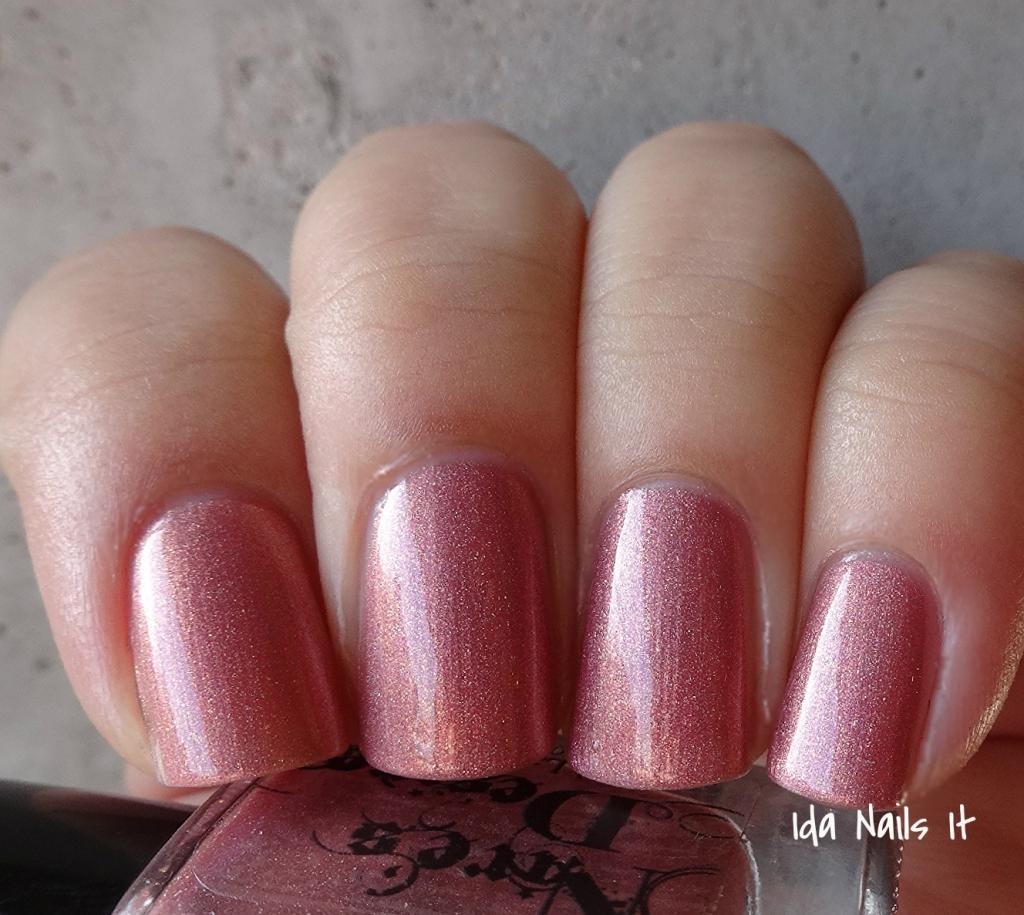 Ida Nails It: Nire\'s Desire Polish Tuesday