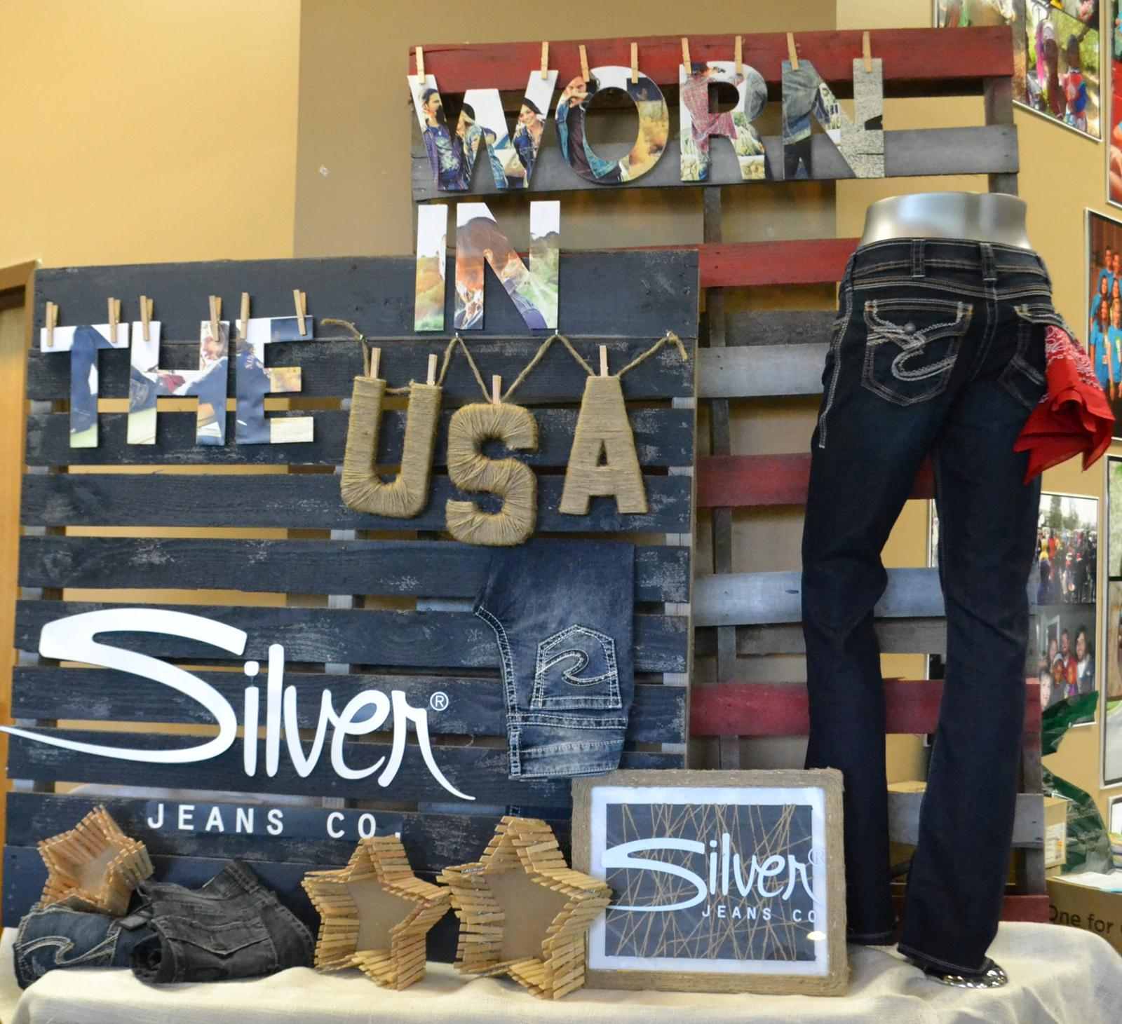 Eagle Eye Outfitters: EEO wins Silver Jeans Co.'s Window Wars