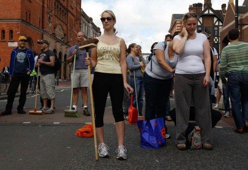 foto-kerusuhan-london-inggris-2011-25