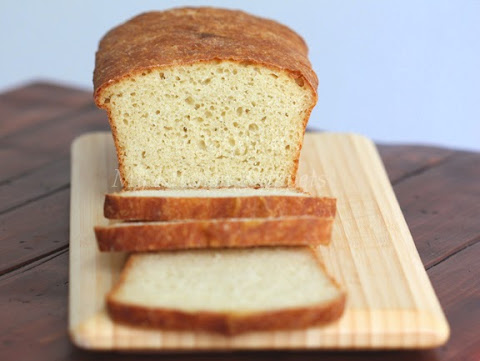 My Kitchen Snippets: English Muffin Loaf
