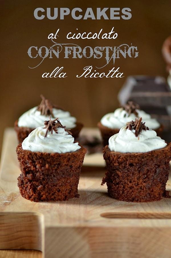 cupcakes al cioccolato con frosting alla ricotta