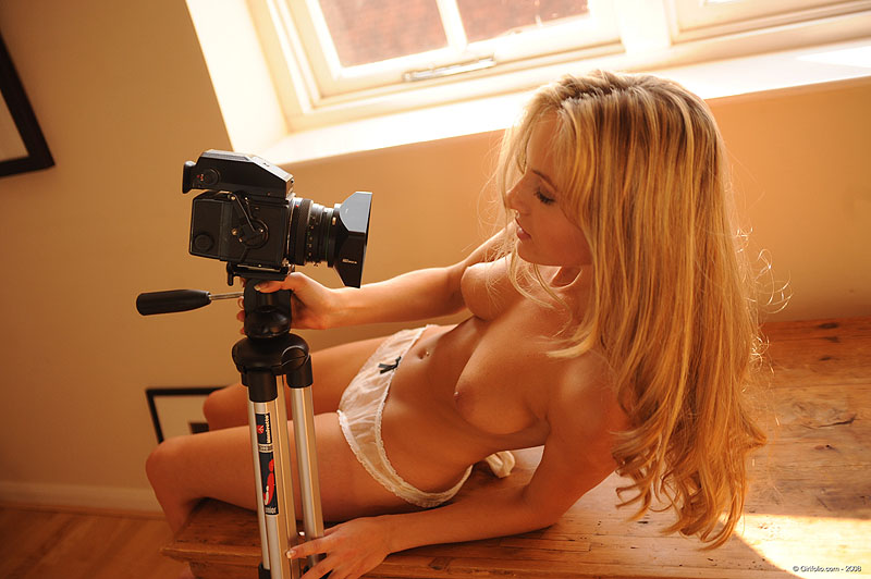 порно блондинки в трусиках