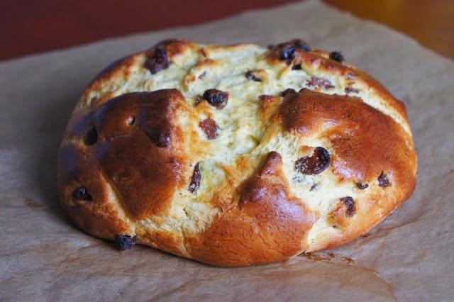 http://www.gluten-frei.net/2014/03/rezept-glutenfreies-osterbrot.html