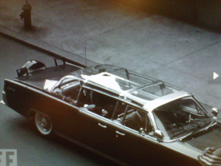 JUST DISCOVERED: JFK using the bubbletop during nice weather conditions on 5/19/62