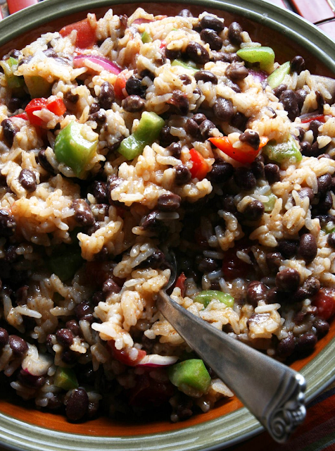 Black+Bean+and+Rice+salad.png
