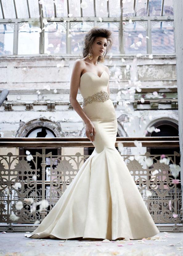 Vestidos de novia Lázaro | Bodas