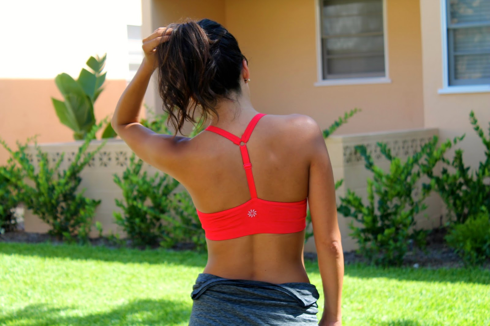what to wear to workout, athleta, popphysique, workout outfit, summer workout tips