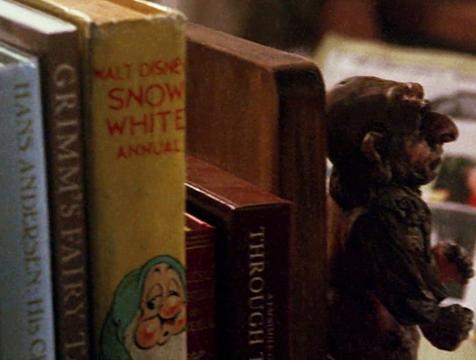 Los libros de Sarah en Dentro del laberinto - Cine de Escritor