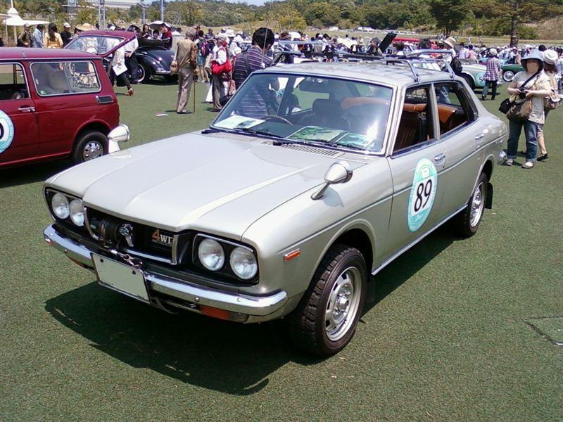 Subaru Leone, dawne samochody, klasyczne auta, japońska motoryzacja, スバル