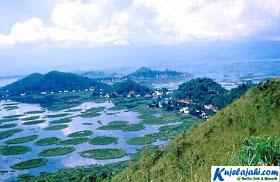 Inilah Danau yang Paling Langka di Dunia - Kujelajahi.com