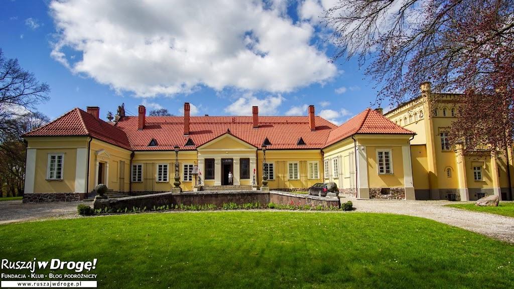 Waplewo Wielkie - pałac i Muzeum Tradycji Szlacheckiej