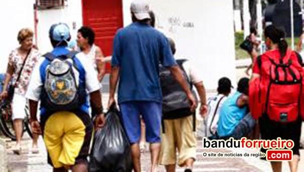 "Prefeitura de Santos ""devolve"" moradores de rua para Suzano"