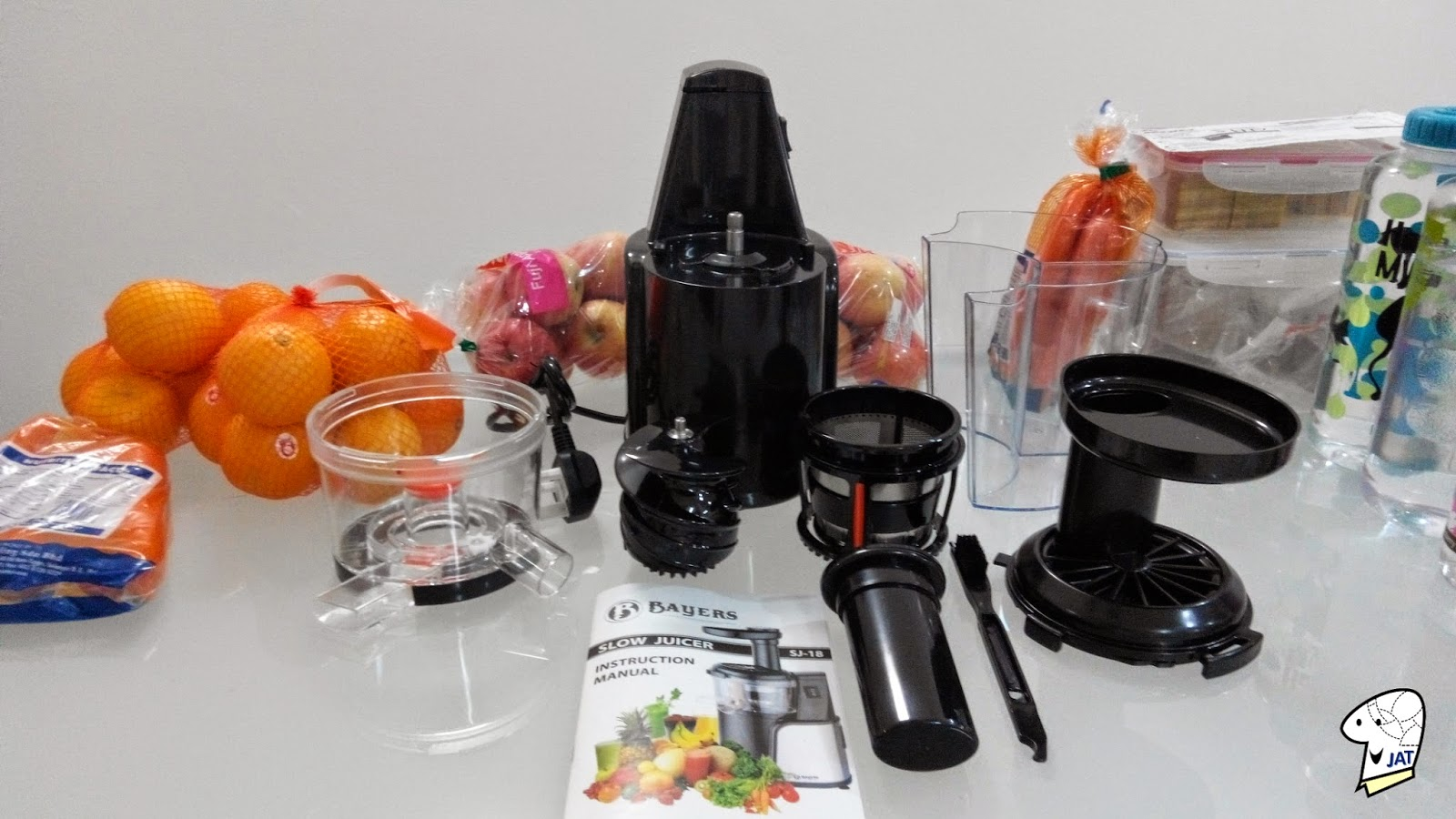 Bayers Dual Stage Slow Juicer, dissembled