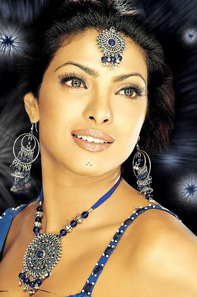 Priyanka Chopra Photos | Tamil Actress Tamil Actress ...