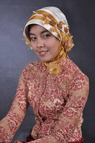 Jilbab krem satin hot