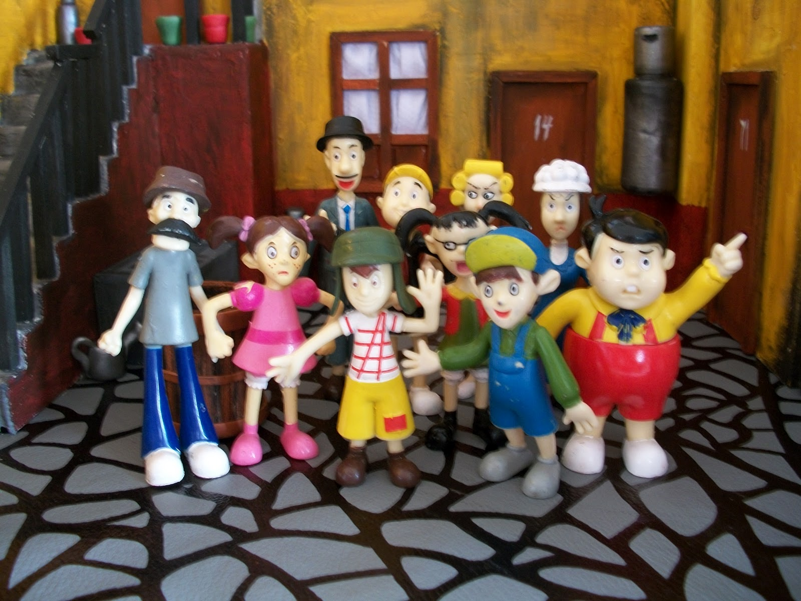 BRUJOLANDIA juguetes de epoca: muñecos de goma de la vecindad del ...