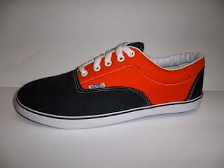 Vans Era hitam orange,vans murah,vans casual.