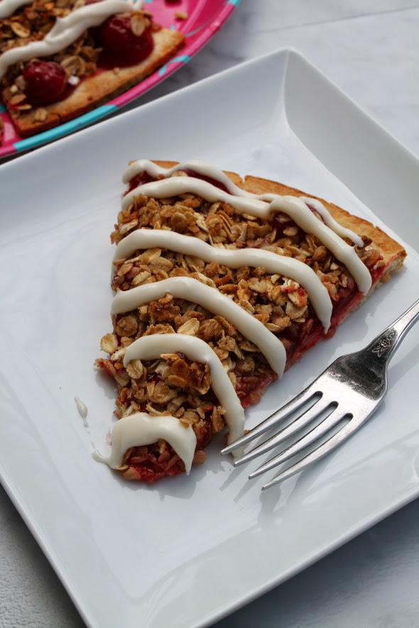 Cherry Crisp Dessert Pizza | WhatchaMakinNow.com