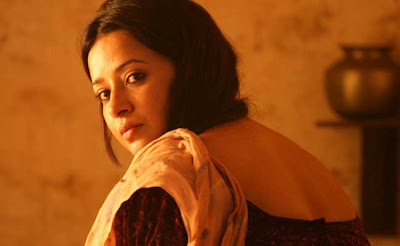 reema sen, durga, voluptuous, in a sari, Gangs of Wasseypur, Directed by Anurag Kashyap