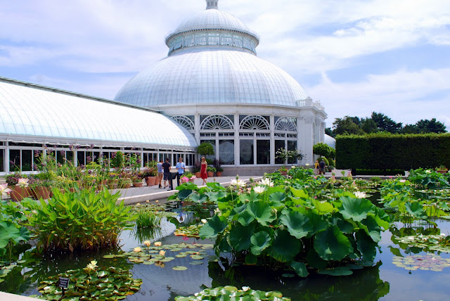 My Husband And I Took A Ride To The New York City Borough Of The Bronx This  Weekend To Visit The New York Botanical Garden. Like The Brooklyn Botanic  Garden ...