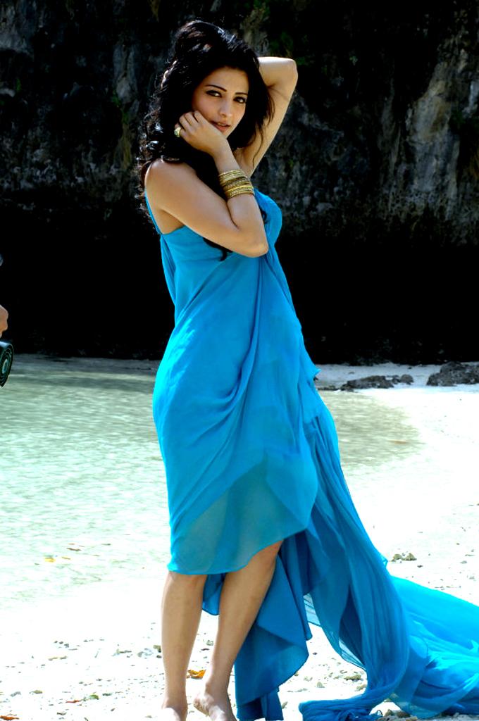 Tamil Actress Shruti Hassancinema Profile