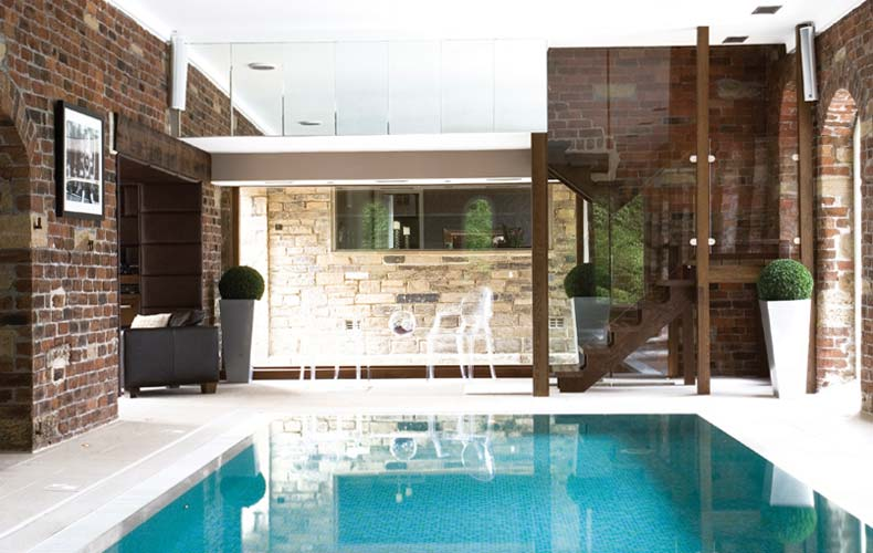 Home Interior Designs: Private Small Pool
