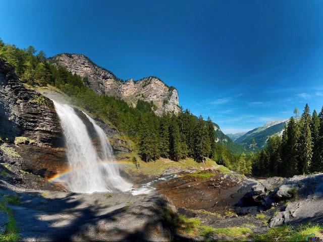 Top HD Beautiful Water Falling Wallpapers